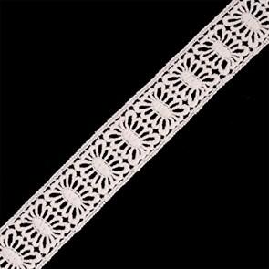 Кружево гипюр/вискоза арт.TBY-70212 шир.38мм цв.молочный уп.13.71м