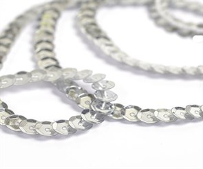 Пайетки на нитях 6мм Silver Base арт.TBY-FLKU06-SB цв.01 серебряный уп.73.12м