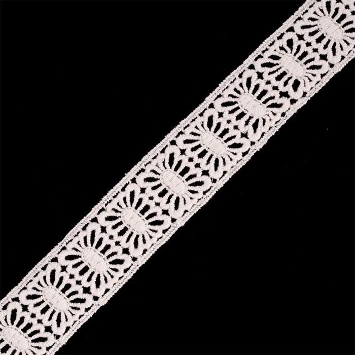 Кружево гипюр/вискоза арт.TBY-70212 шир.38мм цв.молочный уп.13.71м - фото 186270