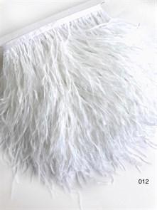 Перья на ленте (cтраус) арт.TPK-012 шир.12-15 см цв.белый уп.2м