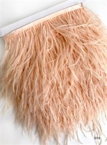 Перья на ленте (cтраус) арт.TPK-019 шир.12-15 см цв.персик уп.2м